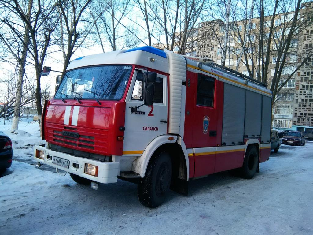 ВСаранске пострадавшего впроцессе пожара мужчину вытаскивали через окно