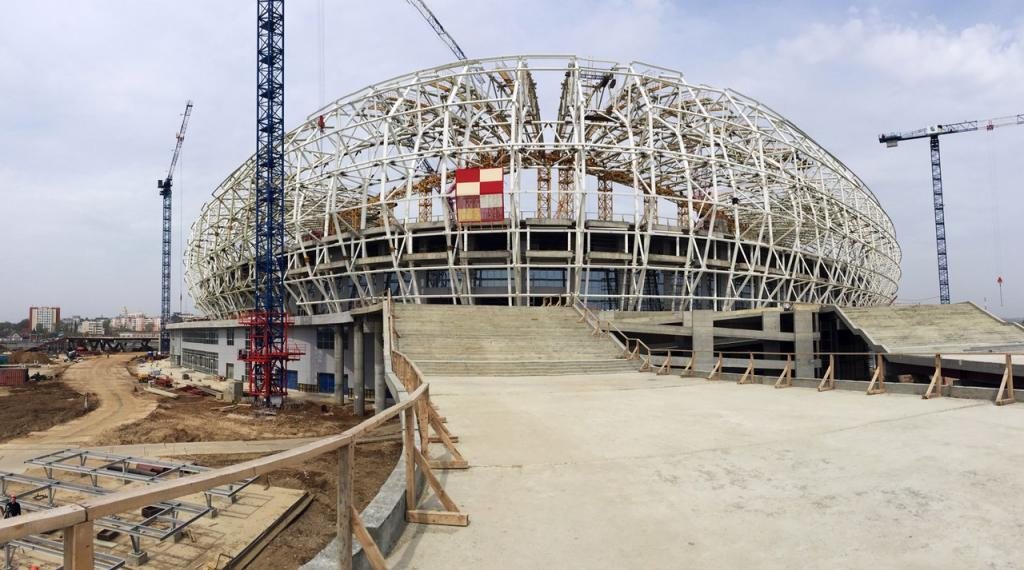 Настадионе «Мордовия-Арена» монтировали внешние консоли