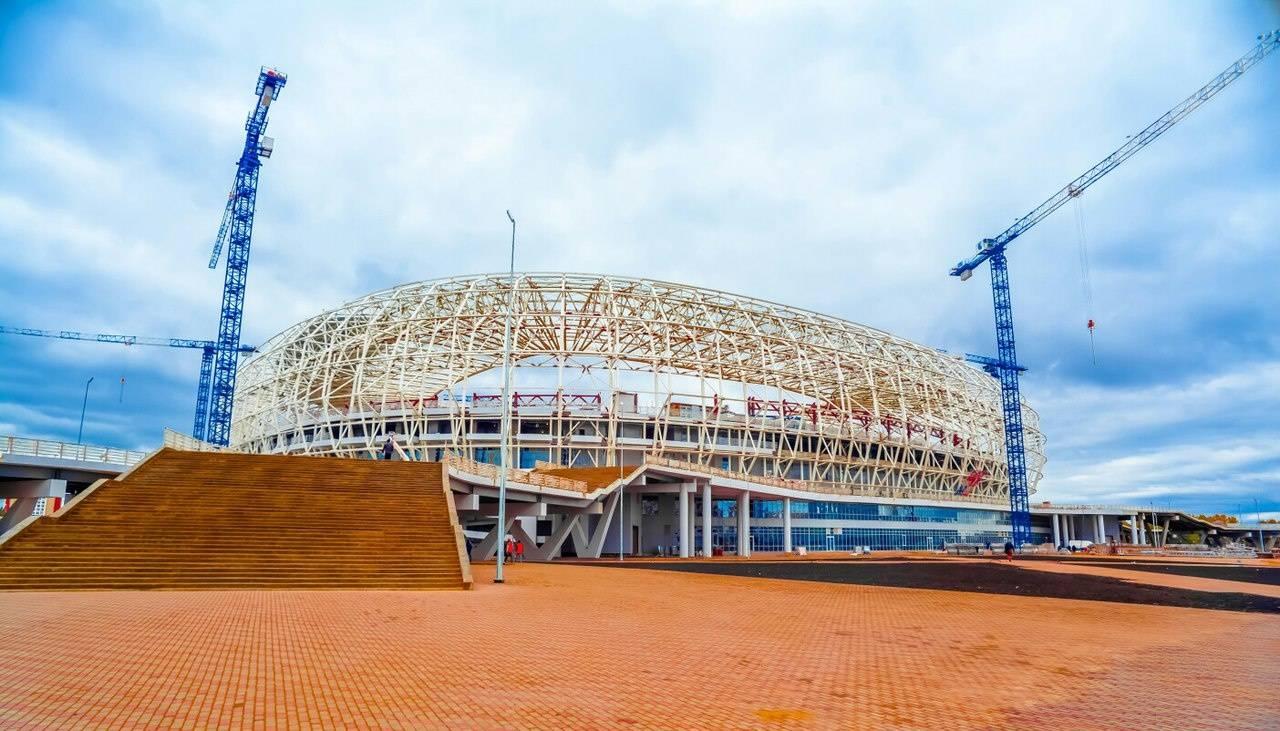 Покраска купола стадиона «Самара-Арена» продлится до10ноября