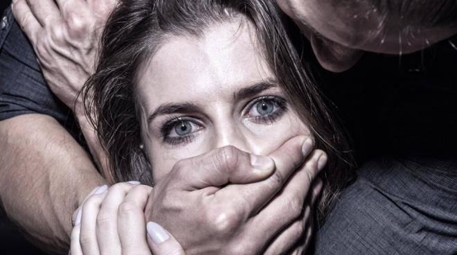 Жителя Саранска подозревают в ожесточенном изнасиловании супруги друга