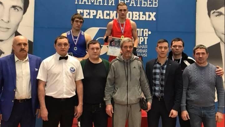 Костромской боксер Максим Пугачёв вышел вфинал главенства Российской Федерации