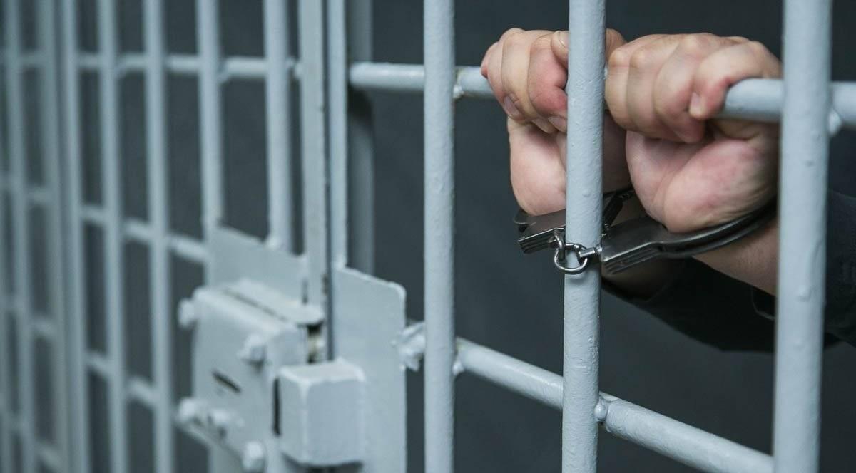 Два лже-ремонтника похитили у курян почти 400 тысяч рублей