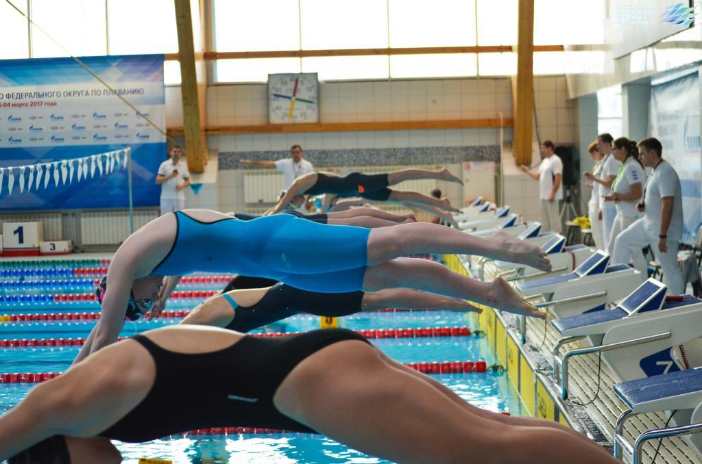 Новгородские пловцы завоевали 18 наград напервенстве ичемпионате Северо-Запада