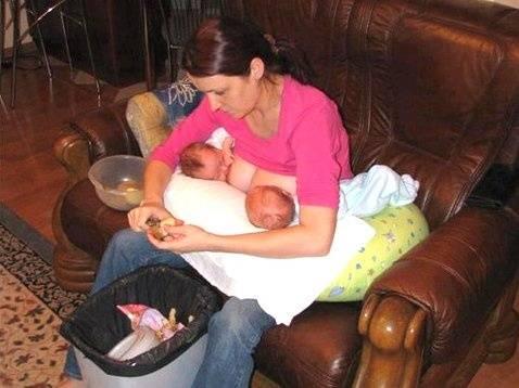 мамаша сосёт сыну фото