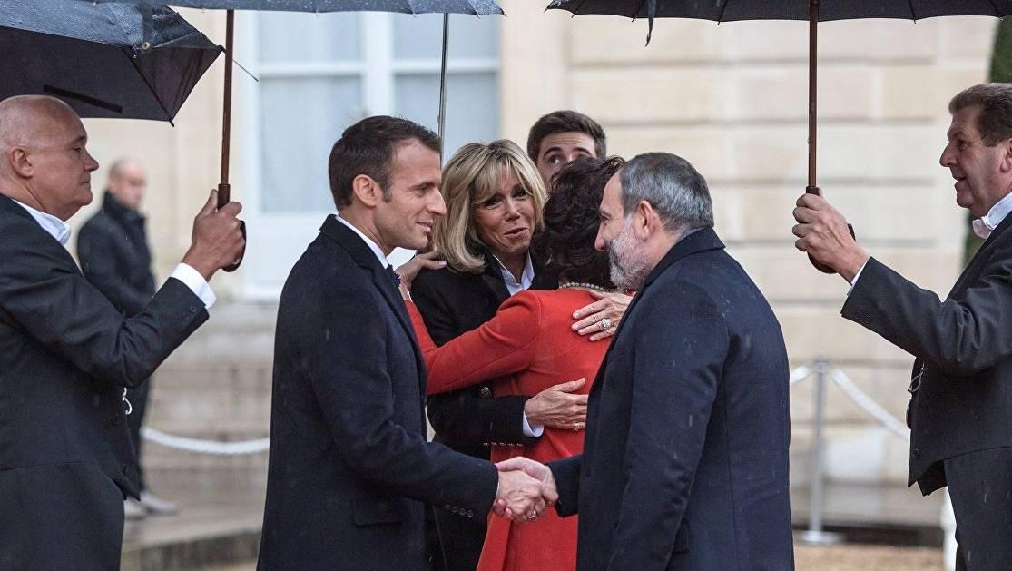 Резолюция французских сенаторов: по следам «оппозиции»