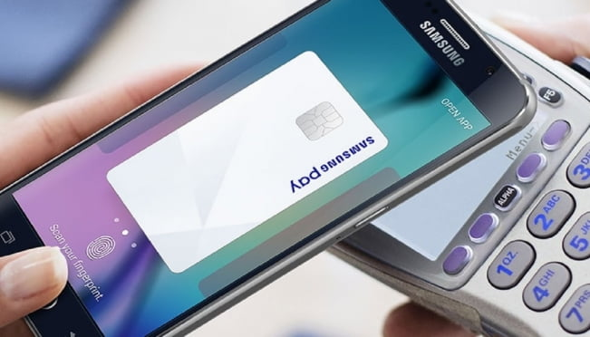 РСХБ запустил сервис Samsung Pay для держателей карт «Мир»