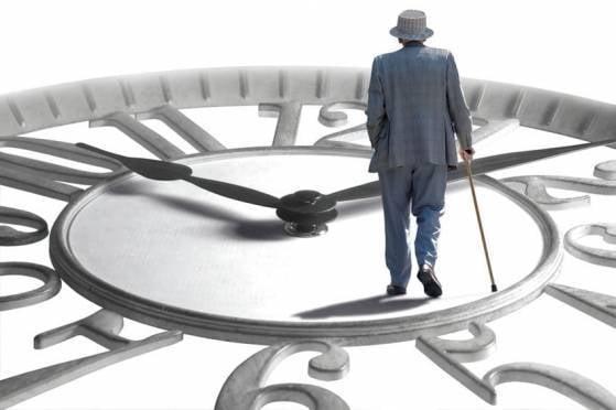 В России подняли пенсионный возраст чиновников
