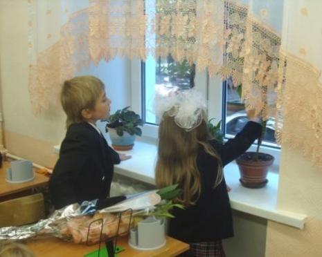 Родителям школьников Саранска не придется скидываться на новые окна