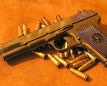 Житель Саранска нашел пистолет во время ремонта квартиры