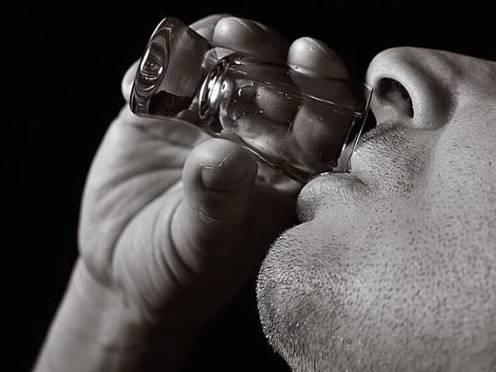 В Саранске любителя дорогого алкоголя «сдали» полиции