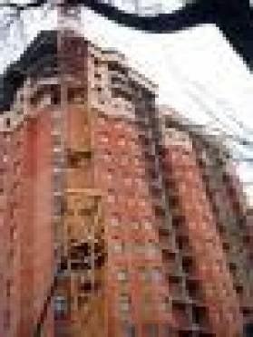 Капремонт в домах Саранска затягивается из-за нежелания подрядчиков делиться заказом