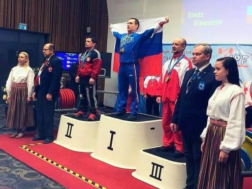 Мордовские пауэрлифтеры завоевали полный комплект медалей в Эстонии