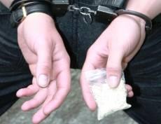 В Мордовии отца, втянувшего сына в торговлю наркотиками, отправили за решётку