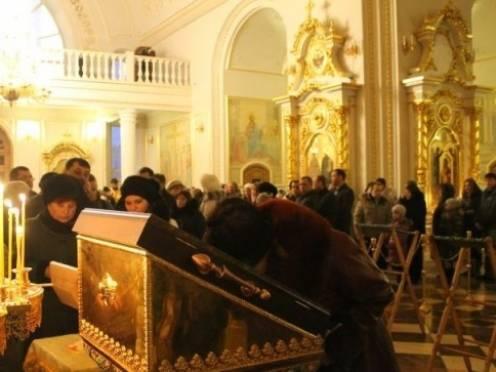 Жители Мордовии верят в целебную силу мощей святителя Луки