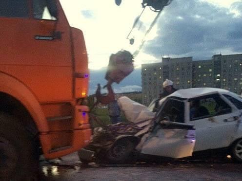 В Мордовии водитель «десятки» попал в больницу после столкновения с «КамАЗом»
