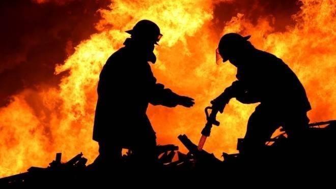 Пьяного жителя Мордовии из горящего дома вытащил нетрезвый брат