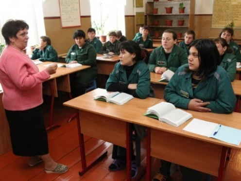 Осужденные Мордовии получают аттестаты об образовании