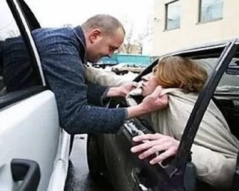 «Подрезал» на дороге: встреча «Газели» и «Чери» закончилась проломленной головой