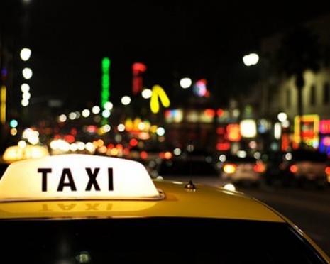 В Мордовии таксист и его пассажиры задержали грабителя