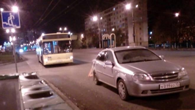 Водитель «Лачетти» в Саранске «уронил» пассажира маршрутного автобуса