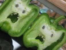 Дороговизну овощей в магазинах Мордовии компенсируют их излишками у населения