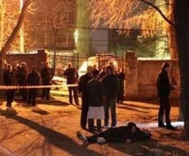 Беспредел в Саранске: возле кафе «Камелот» зарезаны двое мужчин, третий в реанимации