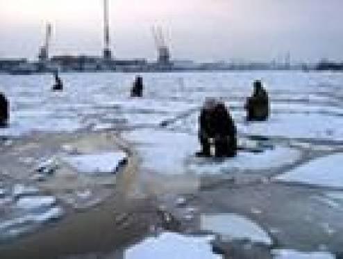В Саранске любители зимней рыбалки подвергают свою жизнь опасности