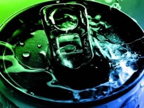В России хотят запретить продажу алкогольных энергетиков