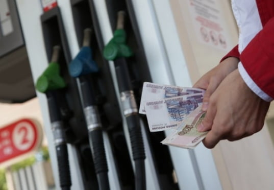 Цена бензина в России может повыситься на 10%