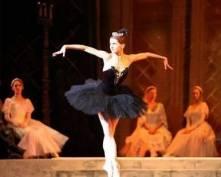 Театр оперы и балета приглашает жителей Саранска на «Лебединое озеро»