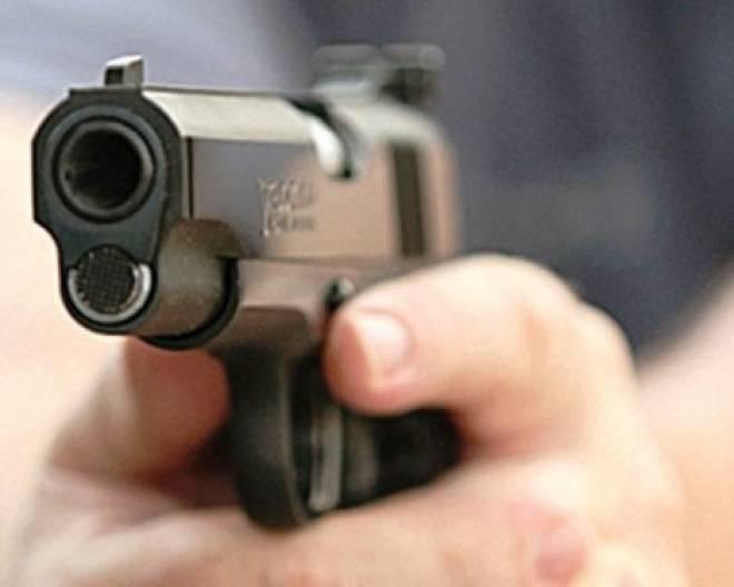 В Чамзинском районе драка около кафе закончилась стрельбой из травмата