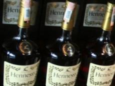 В Мордовии «халявщики» все чаще крадут элитное спиртное