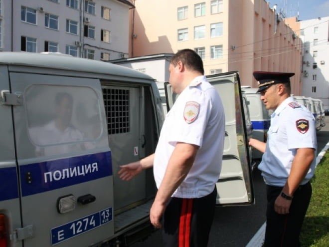 """Сегодня в полицию Мордовии """"приехало"""" 12 машин"""