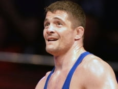 Борец Алексей Мишин опроверг слухи о завершении карьеры