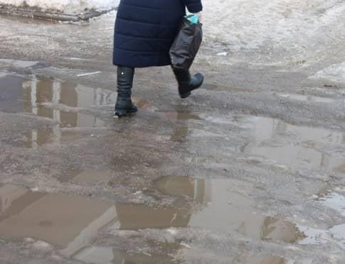 На дорогах Саранска залатают ямы
