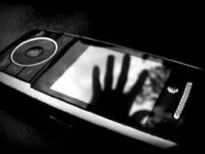 Сотрудницу саранской школы уличили в краже телефона у ученика