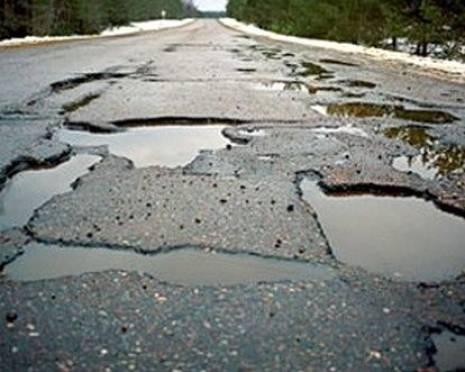 В Мордовии разбитую дорогу отремонтировали только после вмешательства прокуратуры