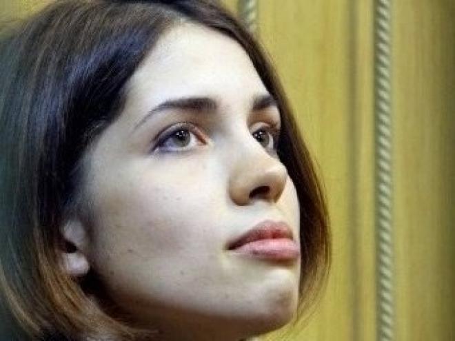 Замначальника мордовской колонии подал в суд на Надежду Толоконникову