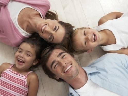 Планшет, роутер и бесплатная связь от «МегаФона» – за семейное фото