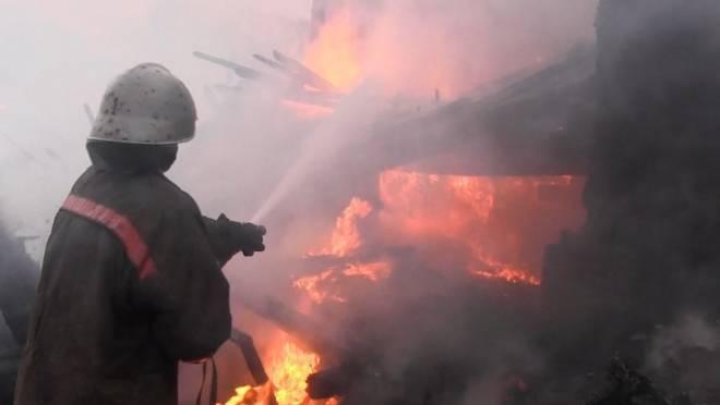 Дом под дачу вспыхнул в Рузаевском районе