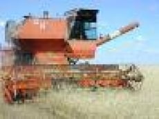 Атяшевцы выполнили план уборки зерновых на 106 процентов