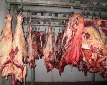 В Мордовии рабочий мясокомбината вынес в белье говядину