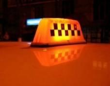 В Саранске трое пассажиров избили и ограбили таксиста