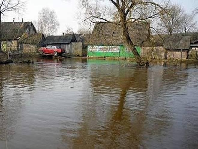 Жители Мордовии сообщают о первых случаях затопления жилья паводком