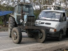 В Мордовии «Газель» врезалась в трактор: есть жертвы
