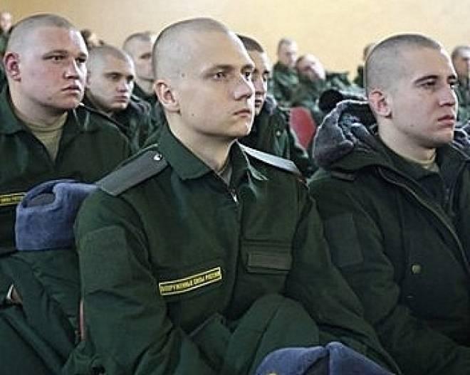 В Мордовии новобранцам показали кино про наркотики
