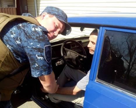 Полицейский врач из Мордовии спас жизнь водителю в Дагестане