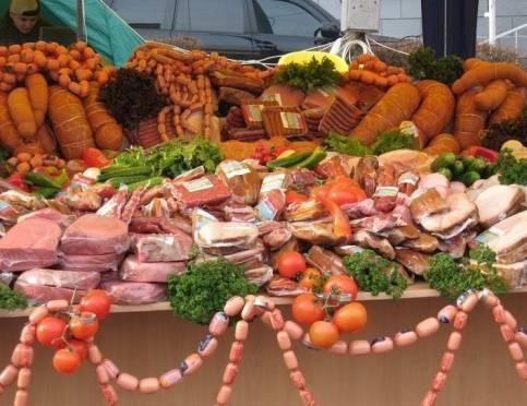 В Саранске водителям придётся объезжать торговцев мясом и овощами