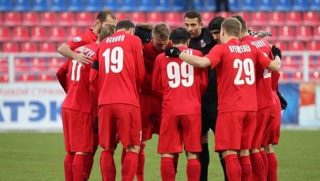 Футболисты «Мордовии» занялись ландшафтным дизайном