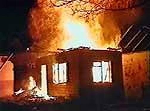 В Мордовии супруги спасли пенсионера от гибели в огне